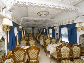 """Der Sonderzug """"Imperial Russia"""" russische Gastfreundschaft auf Gleisen"""