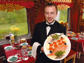 Bild: Transsibirische Eisenbahn Moskau Peking Speisewagen