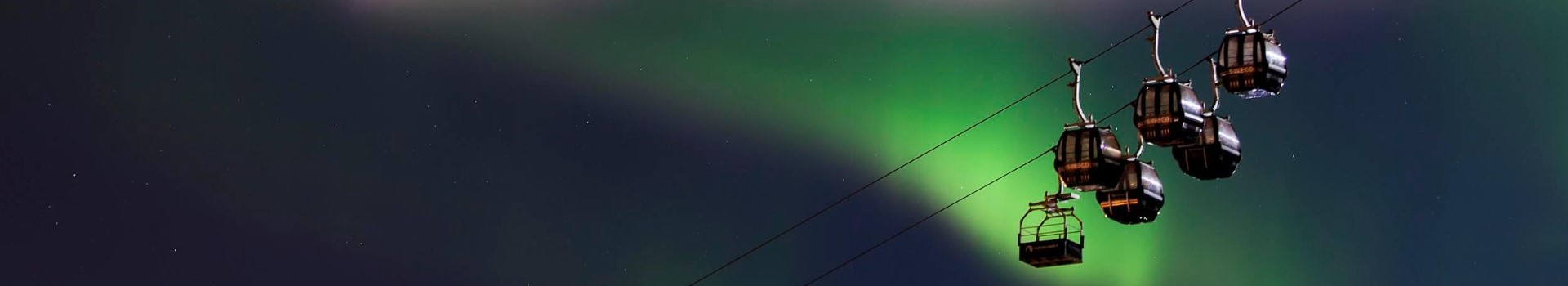 11Narvik Seilbahn im Nordlicht