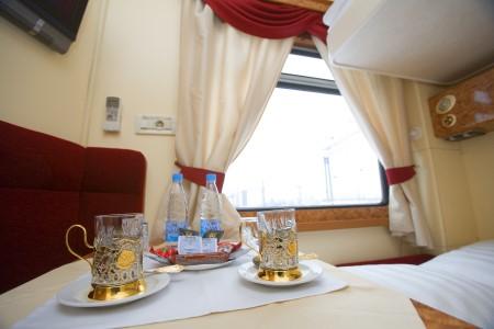 Abteil im Luxuszug Imperial Russia von Moskau nach Peking