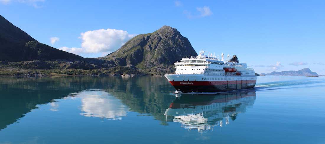 MS-Finnmarken-Norway-HGR. Unterwegs zum nächsten Stop auf den Hurtigruten.