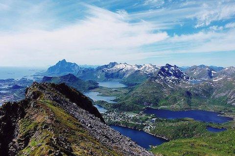 Svolvaer und malerischer Ausblick Lofoten