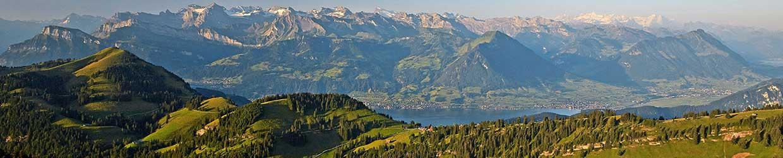 ausblick von Rigi Kulm auf den Vierwaldstätter See und die grandiose Bergwelt. Foto:Tanja Wallner